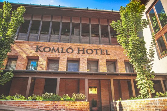 Komlo Hotel