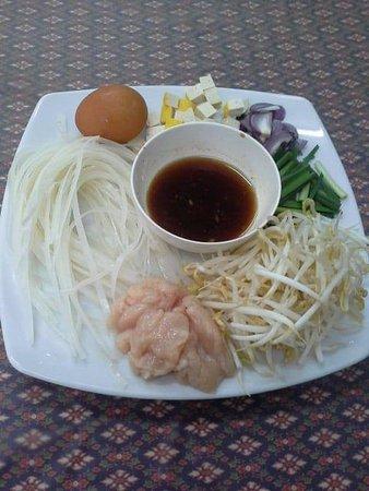Rawai, Thailand: Phad Thai Prep.