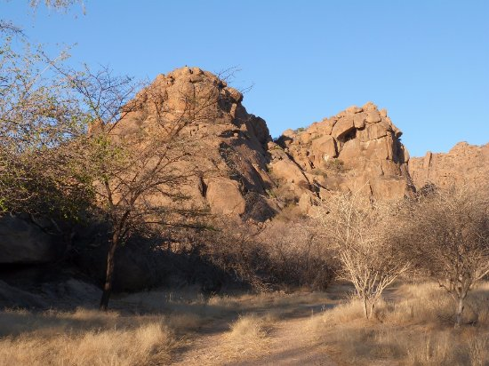 Omaruru, Namibia: Helmut's camping is in a stunning location