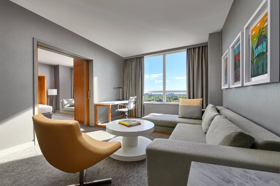 โรสมอนต์, อิลลินอยส์: One Bedroom Suite Parlor