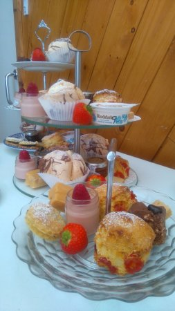 Duns, UK: Afternoon Tea