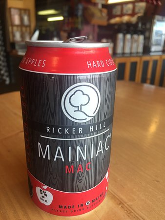 Carrabassett Valley, ME: Ricker Hill's Hard Cider-Mainac goes perfectly with our freshly made sandwiches.