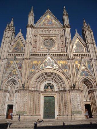 Duomo di Orvieto: Linda Catedral