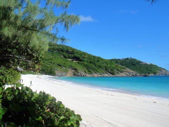Mustique: Macaroni Beach