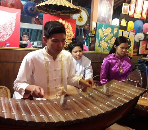 Sala Thai Restaurant: Thai Classical.Music
