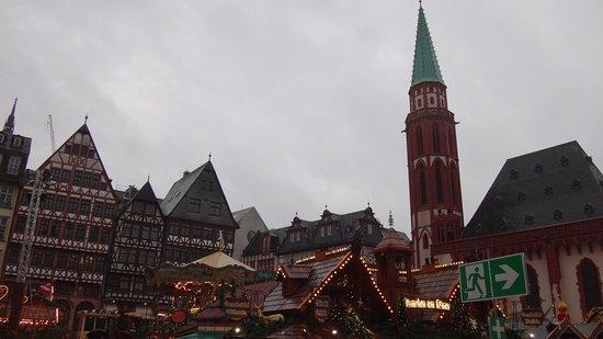 Frankfurter Weihnachtsmarkt.Romer Platz Bild Von Frankfurter Weihnachtsmarkt Frankfurt Am