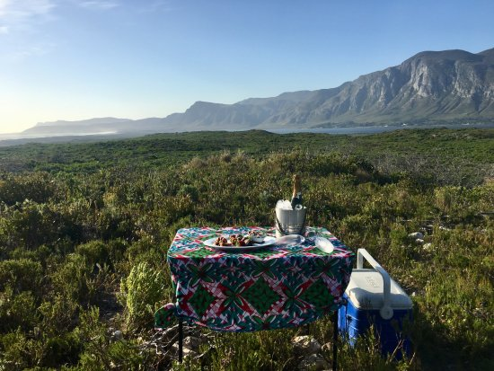 Stanford, South Africa: Anniversary champagne