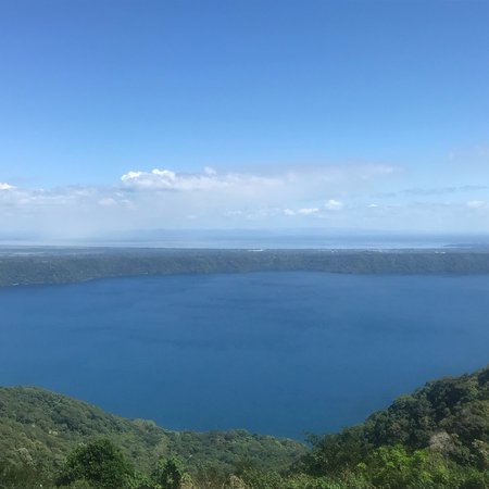 Masaya Volcano National Park: Amazing trip to Nicaragua for the volcano, lake and stop in Grenada!