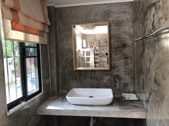 Sam Roi Yot, Thailand: Bungalow Bath