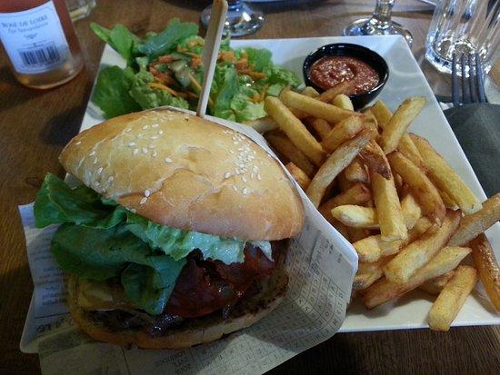 Sene, Prancis: Le Burger Paolo