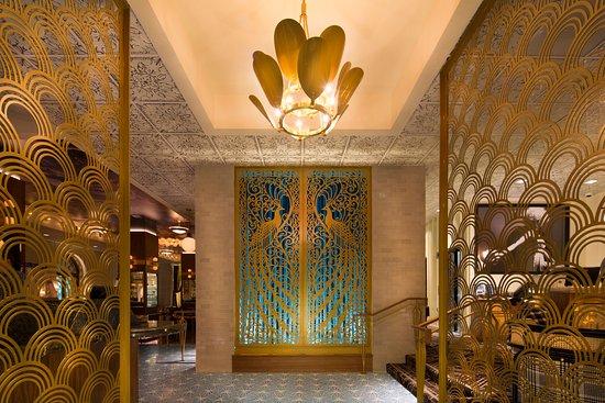 Hotel Bijou: Entrance