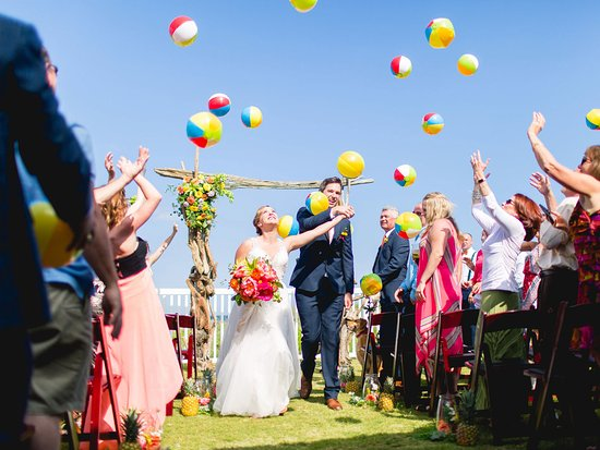 The Villas at Koru Village: The perfect place to stay for a Beach Klub Wedding