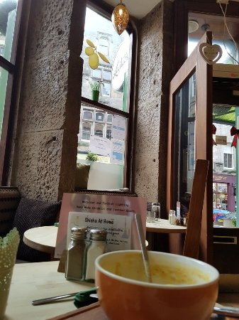 Laila's Mediterranean Bistro: Amazing little pitstop for a lovely soup to warm up.