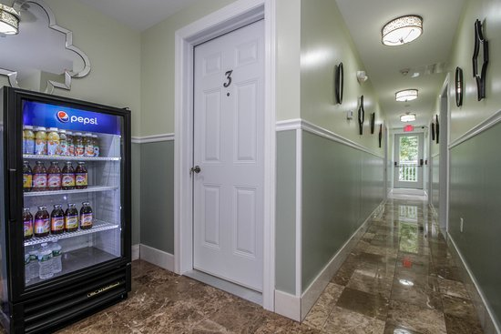 Cold Spring, NY: Hallway view and fridge avaliable for guests 24/7 free of charge