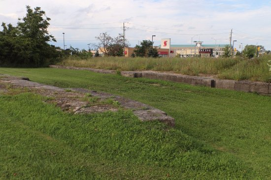 St. Catharines, Canada: More walls of the Second Welland Canal