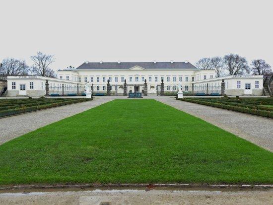 Royal Gardens Of Herrenhausen Herrenhauser Garten Picture Of