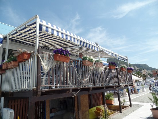 Marina Piccola Beach : einfach nur...schön:)