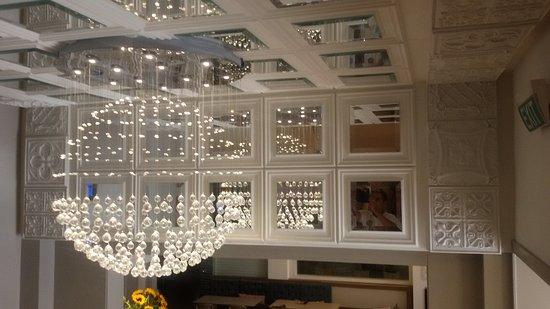 比利牛斯山酒店照片