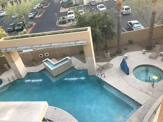 Holiday Inn Express Hotel and Suites Scottsdale - Old Town: Top floor patio view