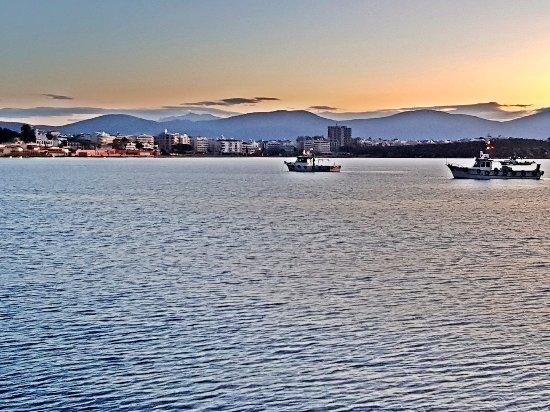 Altinkum, Turki: Kasım ayında, Altınkum Plaj güne uyanıyor,