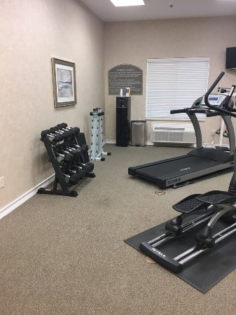Mansfield, TX: Fitness room(weights and water station)