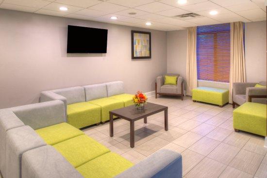 Belcamp, MD: Lobby Lounge
