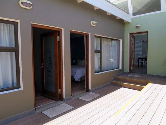 Namib Guesthouse: Outside room 6 and 7