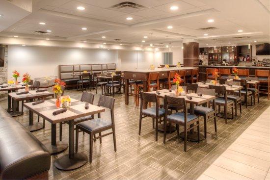 Belcamp, Μέριλαντ: Restaurant & Bar Lounge