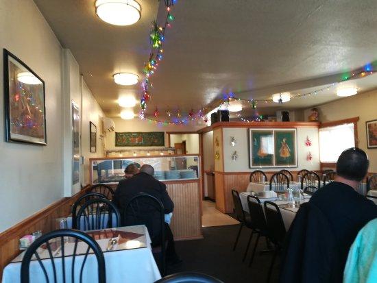 Hillsboro, OR: Inside of Maharaja Resturant