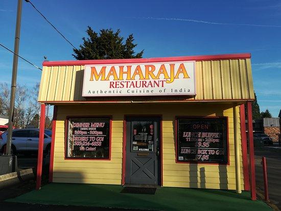 Hillsboro, OR: Maharaja Resturant - Outside