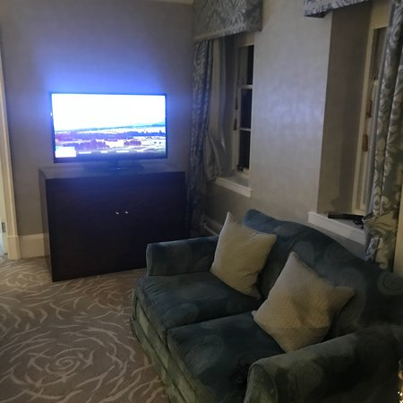Auchterarder, UK: Dinner in Strathearn and sovereign twin room 239