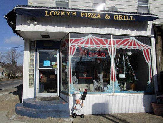 Morris Plains, NJ: lovey's Pizza & Grill