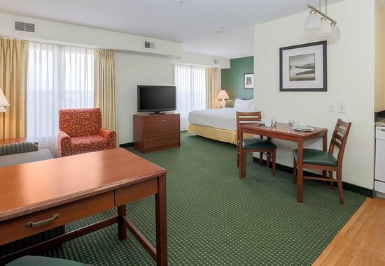 Residence Inn Oklahoma City South/Crossroads Mall : Guest room