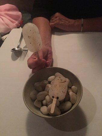 The Grove: Lemoncello Eis mit Sumac