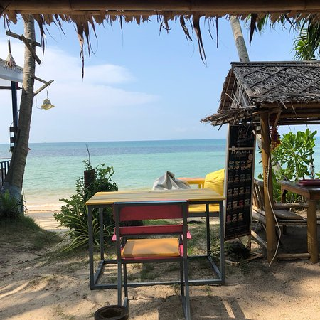 I-Talay Beach Bar & Cottages at Taling Ngam Photo