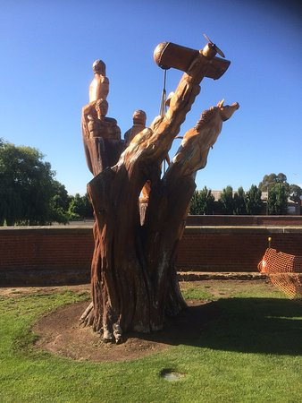 Campbell Town, Australia: Another Sculpture