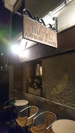 호텔 안티체 피겨 이미지