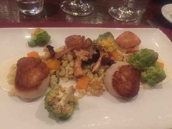 Plymouth, CA: This was our scallop entree