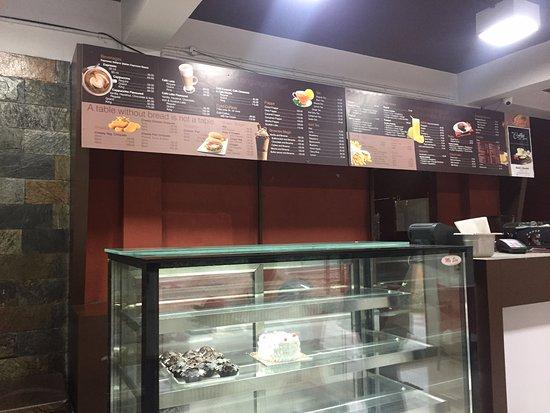 Kuttikkanam, الهند: inside shop