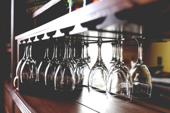 Portage, Висконсин: Neil's Wine House