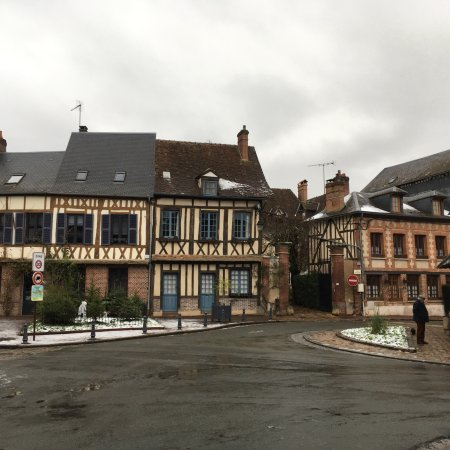 Lyons-la-Foret, France: photo3.jpg