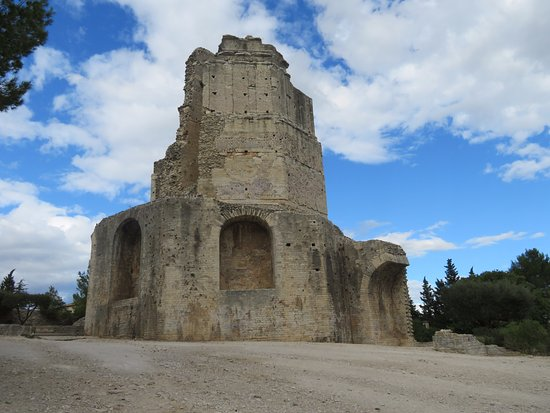 Tour magne nimes france updated 2017 top tips before you go with photos tripadvisor - Tour magne nimes ...