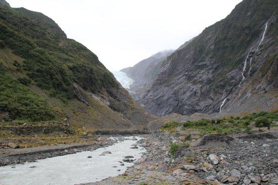 Franz Josef, Nueva Zelanda: Walking towards the glacier