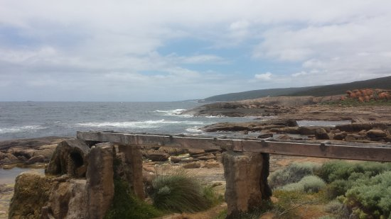 Augusta, Australia: Coast in the background