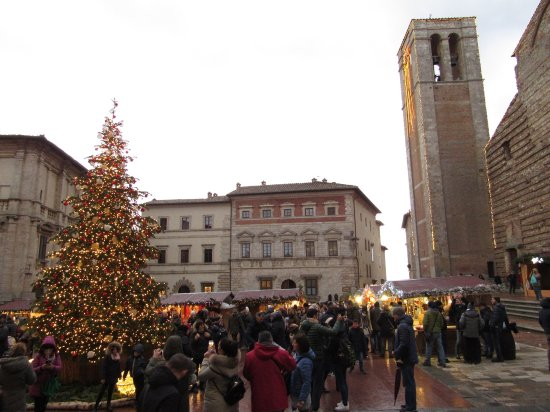 Montepulciano, Italia: Mercatini di Natale in Piazza Grande
