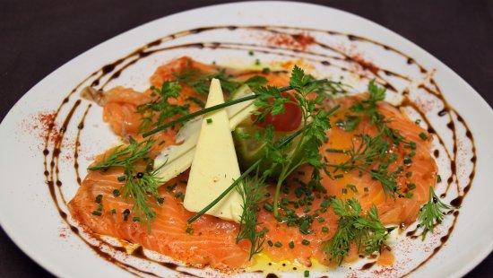 saumon cru marin aux herbes fraiches 2017 picture of restaurant a gouyette saint germain. Black Bedroom Furniture Sets. Home Design Ideas