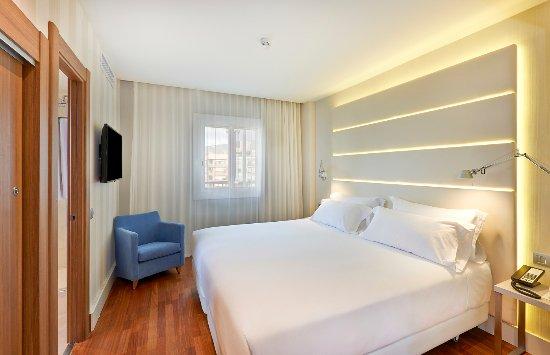 Nh barcelona les corts hotel barcellona spagna prezzi for Hotel per barcellona