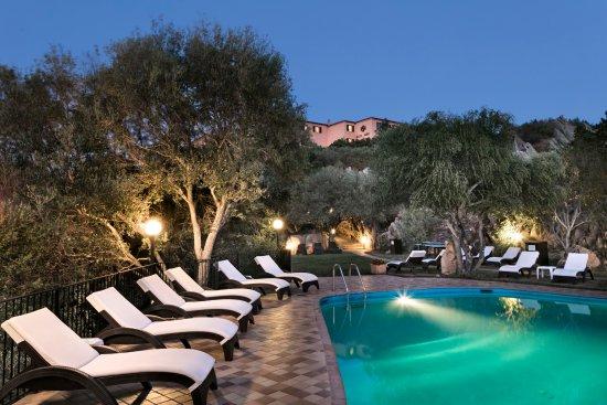 Hotel rocce sarde sardinia san pantaleo specialty for Specialty hotels