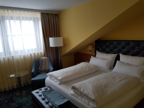 Hier kann man angenehm arbeiten. - Bild von Dorint Hotel Venusberg ...