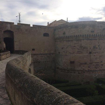 Castello Aragonese: photo2.jpg